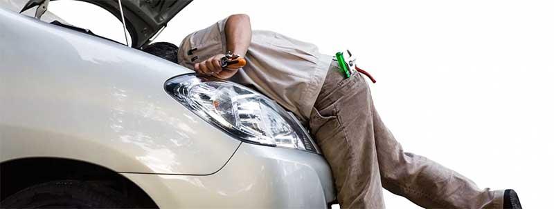 Специалист по ремонту авто