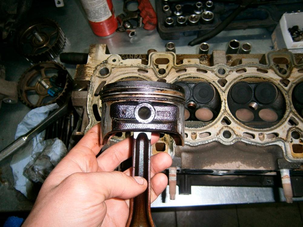 Почему возникает стук в двигателе и как от него избавиться